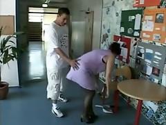 mature janitress assfucke at school troia bello duro culo