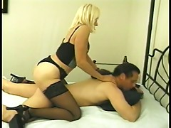 Lusty granny lets him face sit as she licks his sweaty sack