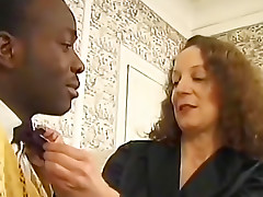 Pretty mature and her black anal invader