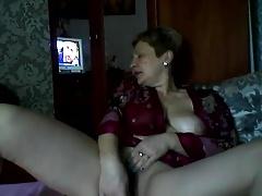 Hawt Russian older mommy Elena play on skype