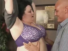 Brunette BBW-Milf hard fucked