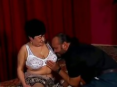 Fat old mature love sucks big cock