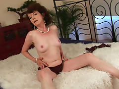 Pale skin granny Evelyn gets hammered hard by cocky dude Alex